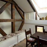 design interior, bucataria cu grinzi din casa