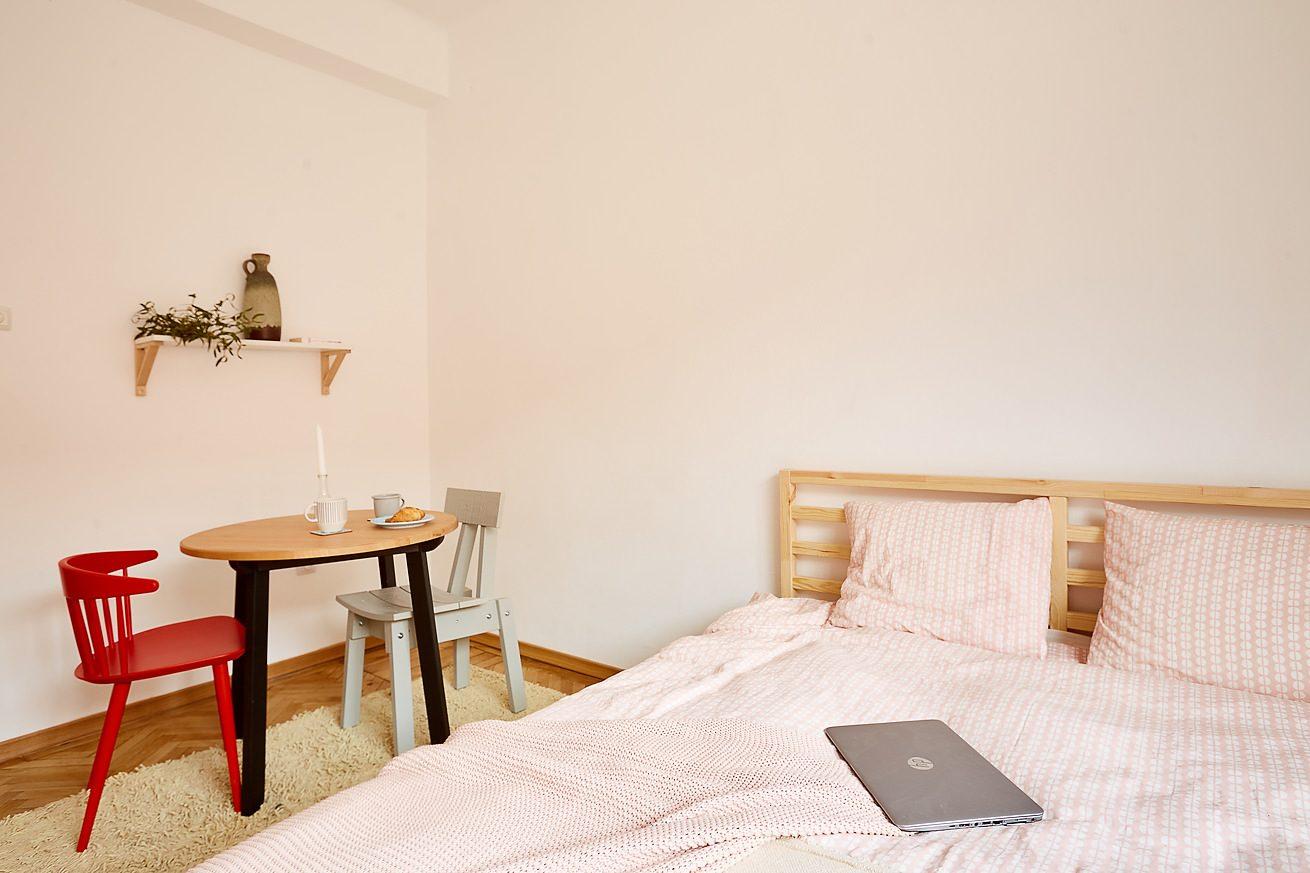 fotografii-apartamente-airbnb-regim-hotelier-Apollonia Hirscher-Brasov-00
