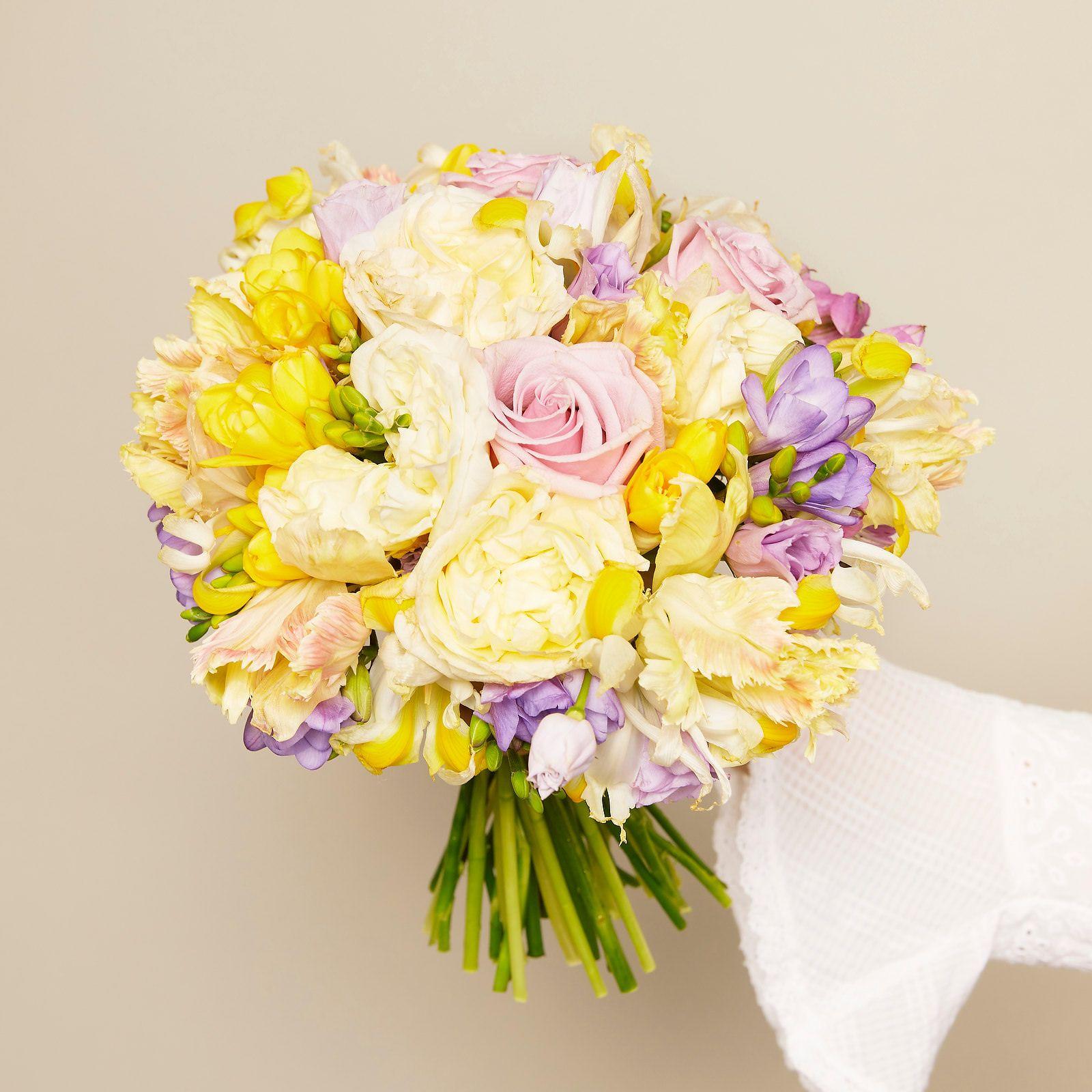 Fotografii buchete și aranjamente florale