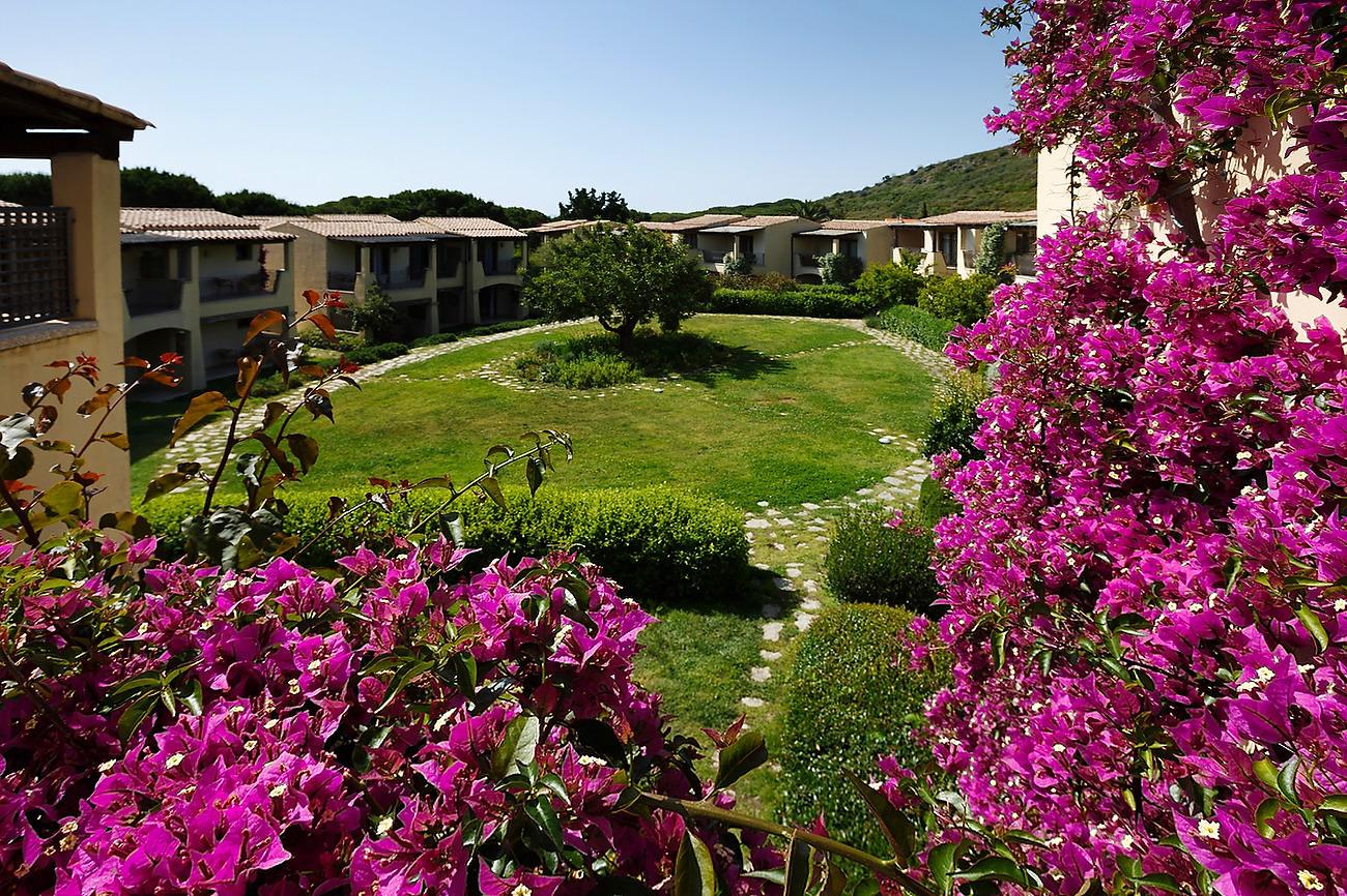 Curte interioara Resort Matta Village
